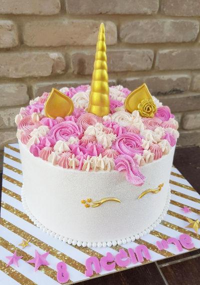 חד קרן עוגת זילוף מעוצבת