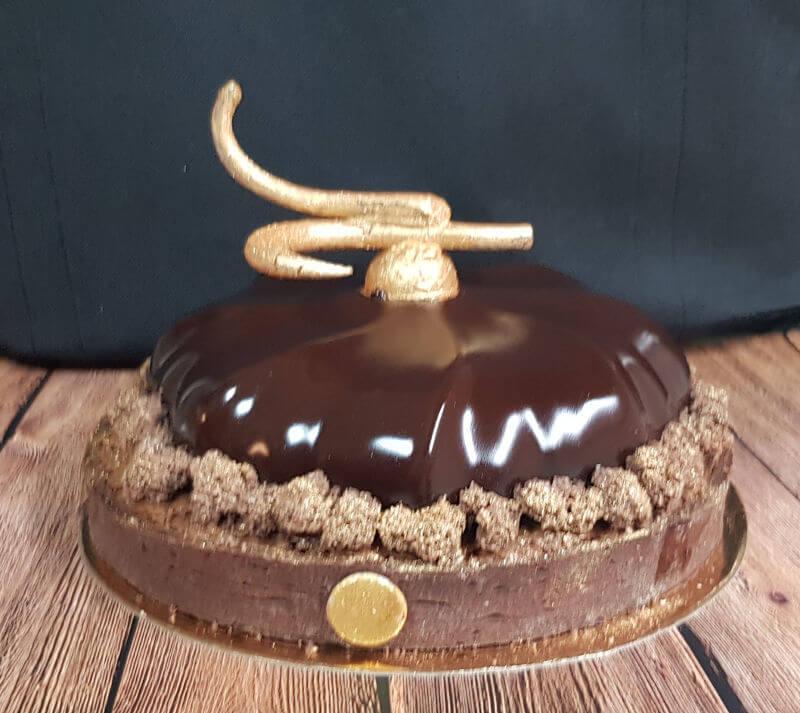 טארט בראוניז שוקולד וקרמל מלוח