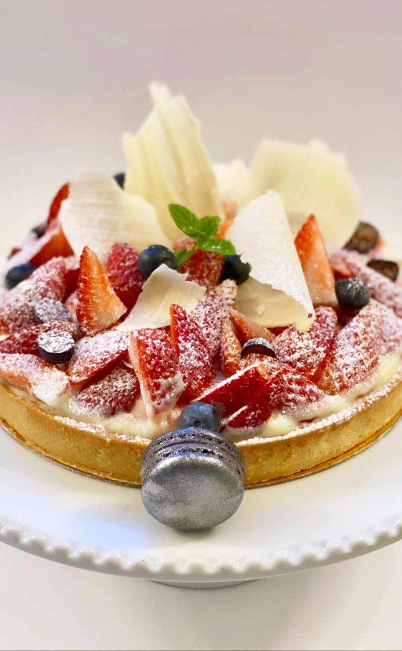 טארט תותים ושוקולד לבן