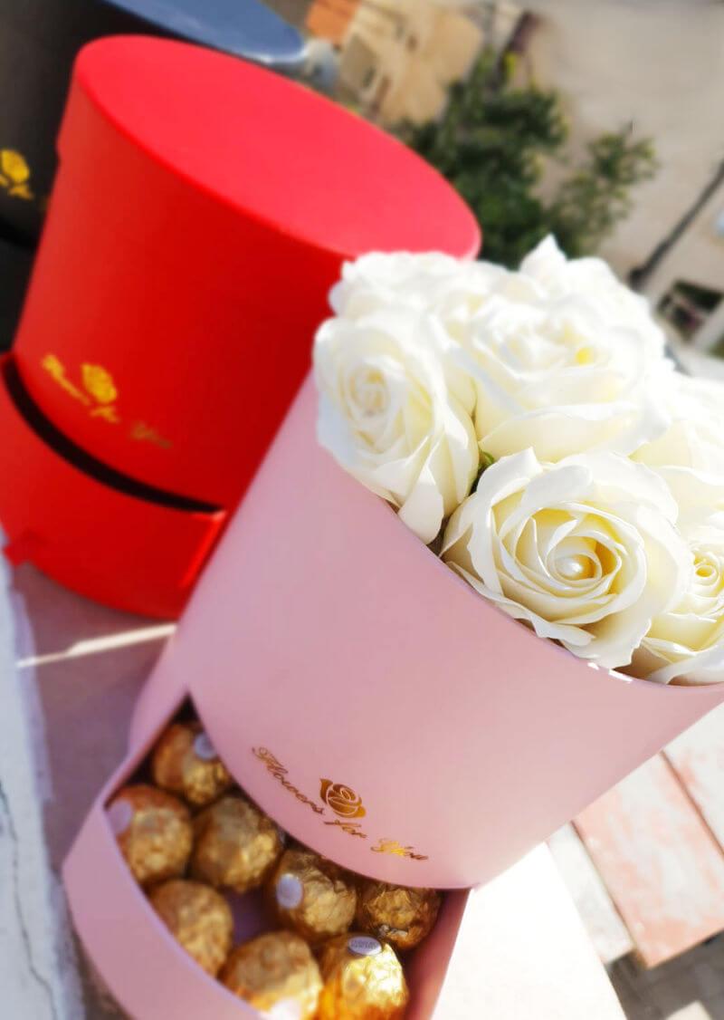 מארזי שוקולדים ופרחים