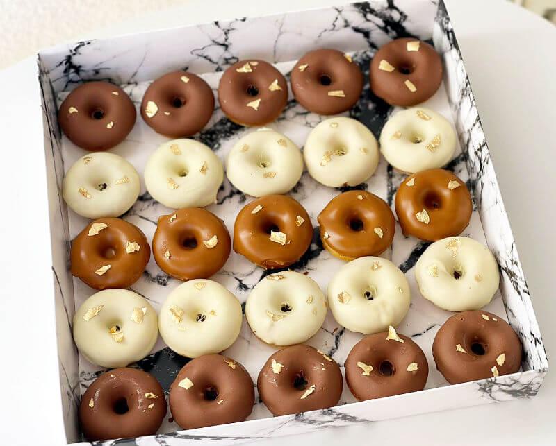 מארז דונאטס שוקולד DONUTS
