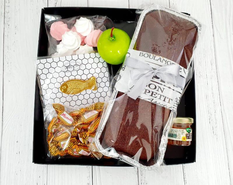 מארז שוקולדים ומתוקים לחג