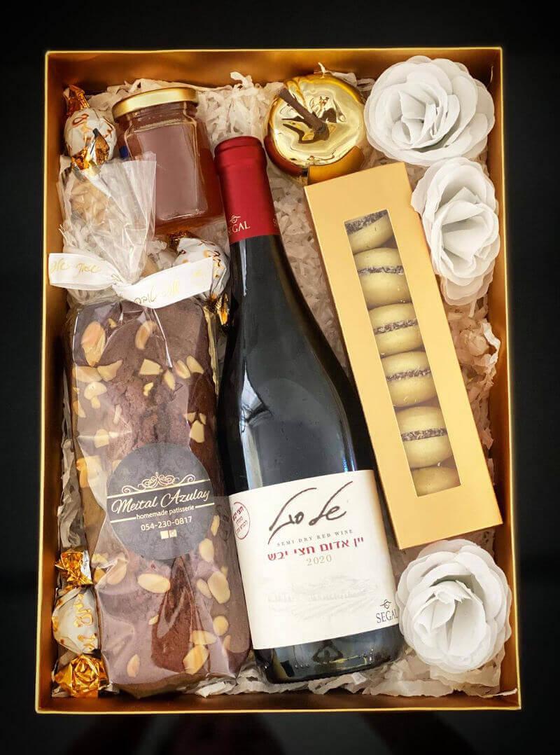 מארז עוגת דבש בייתית ויין