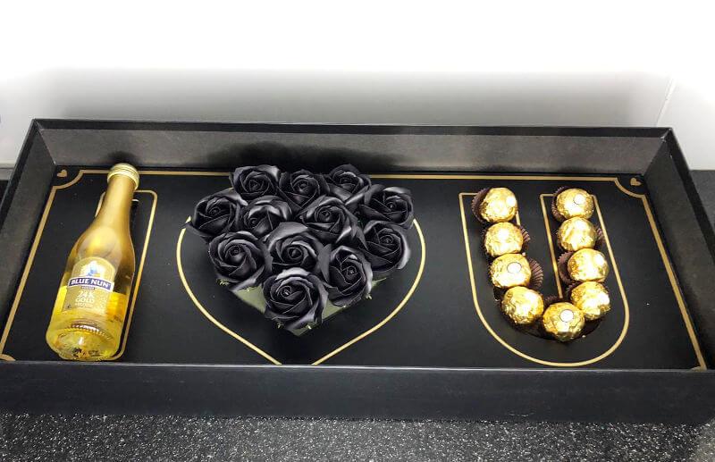 מארז שוקולדים אני אוהב אותך