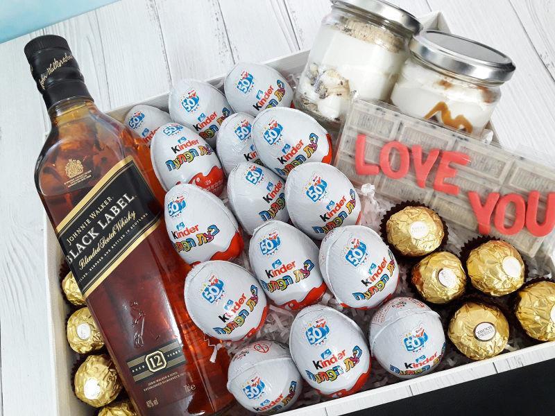 מארז שוקולדים ויין ליום האהבה