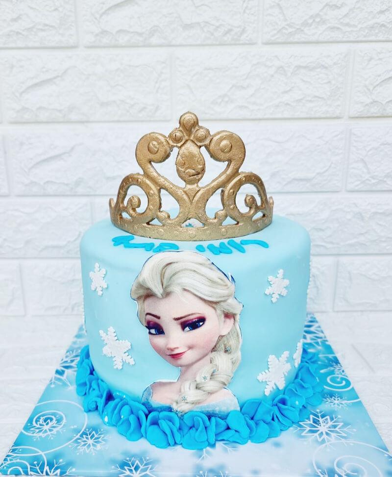 עוגה של אלזה מפרוזן