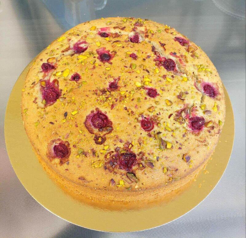 עוגה בחושה פיסטוק ופטל