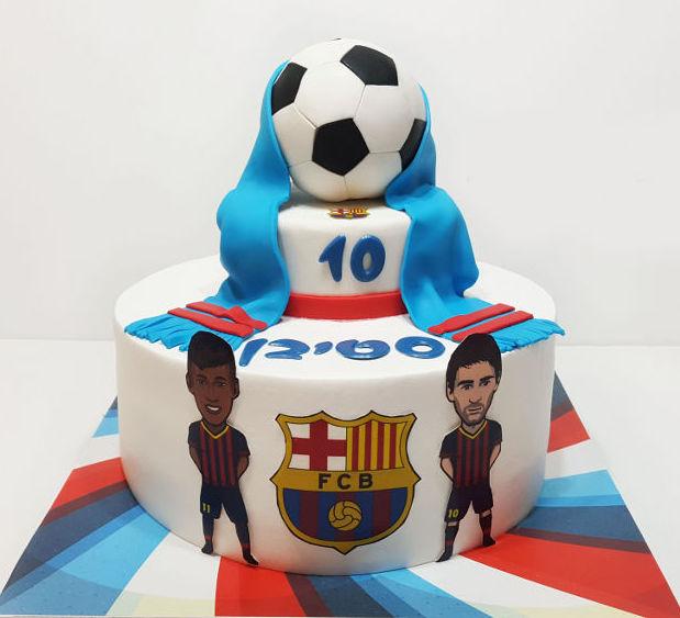 עוגת כדורגל ברצלונה מבצק סוכר