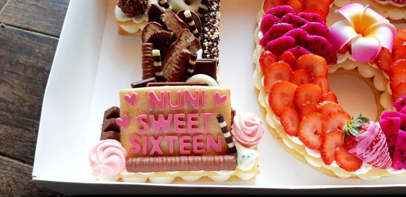 Sweet Sixteen - עוגה לגיל 16 מקרוב