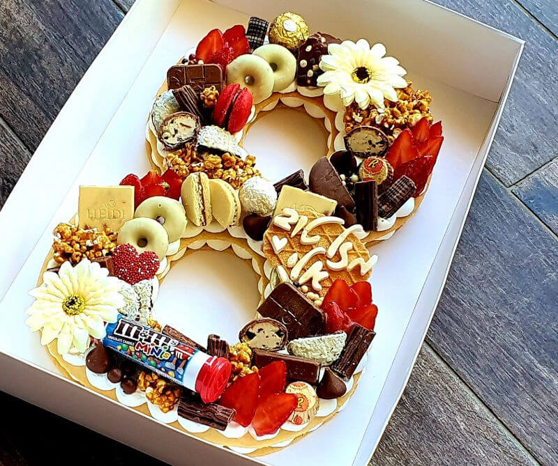 עוגה לגיל 8