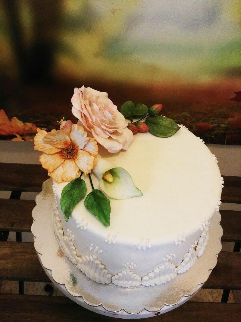 עוגה מיוחדת לחתונה