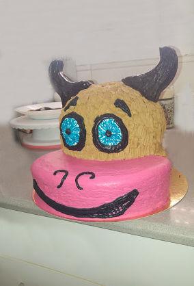 עוגה מעוצבת למבוגרים