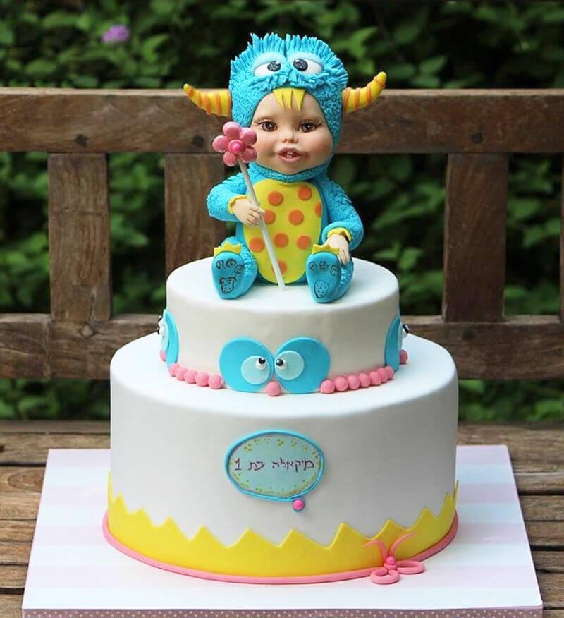 עוגה מעוצבת לתינוקת