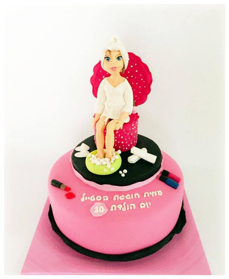 עוגה מבצק סוכר בעיצוב ספא