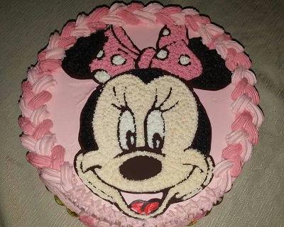 עוגת מיני מאוס זילוף יום הולדת