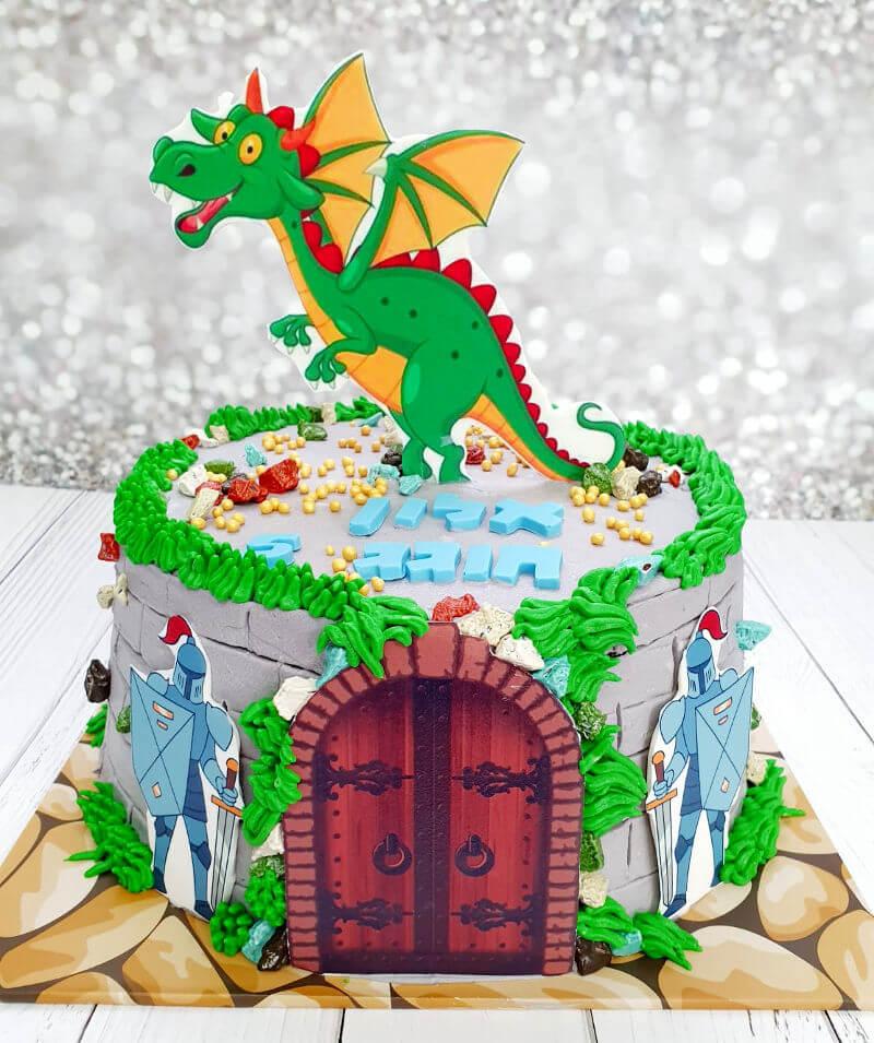 עוגה מעוצבת דרקון ואבירים