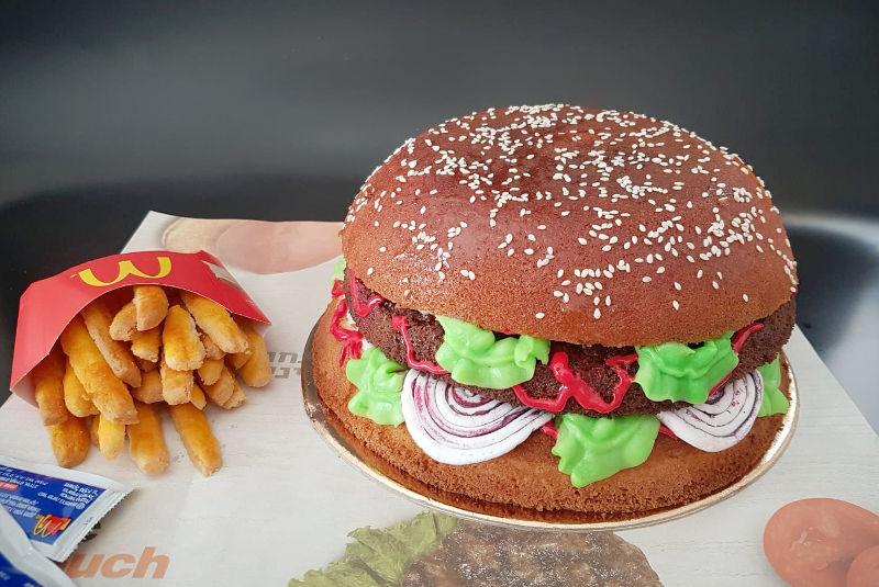 עוגה מעוצבת המבורגר ציפס