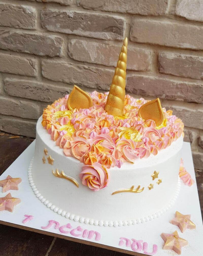 עוגה מעוצבת חד קרן