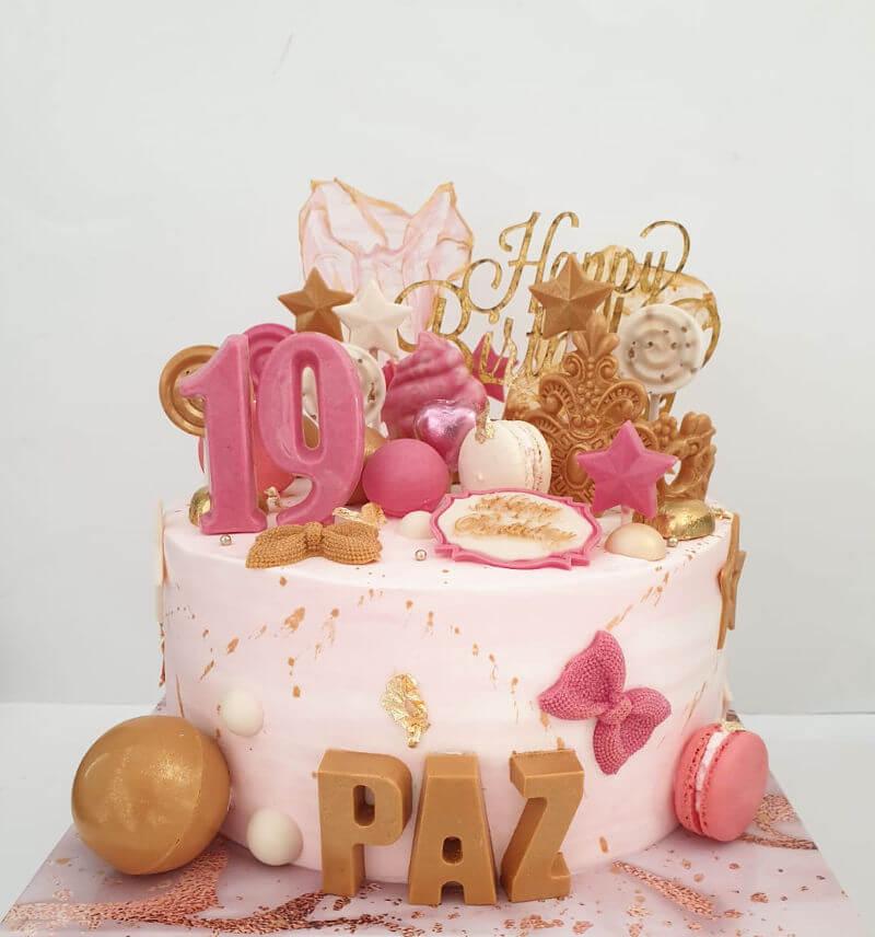 עוגה מעוצבת לבנות