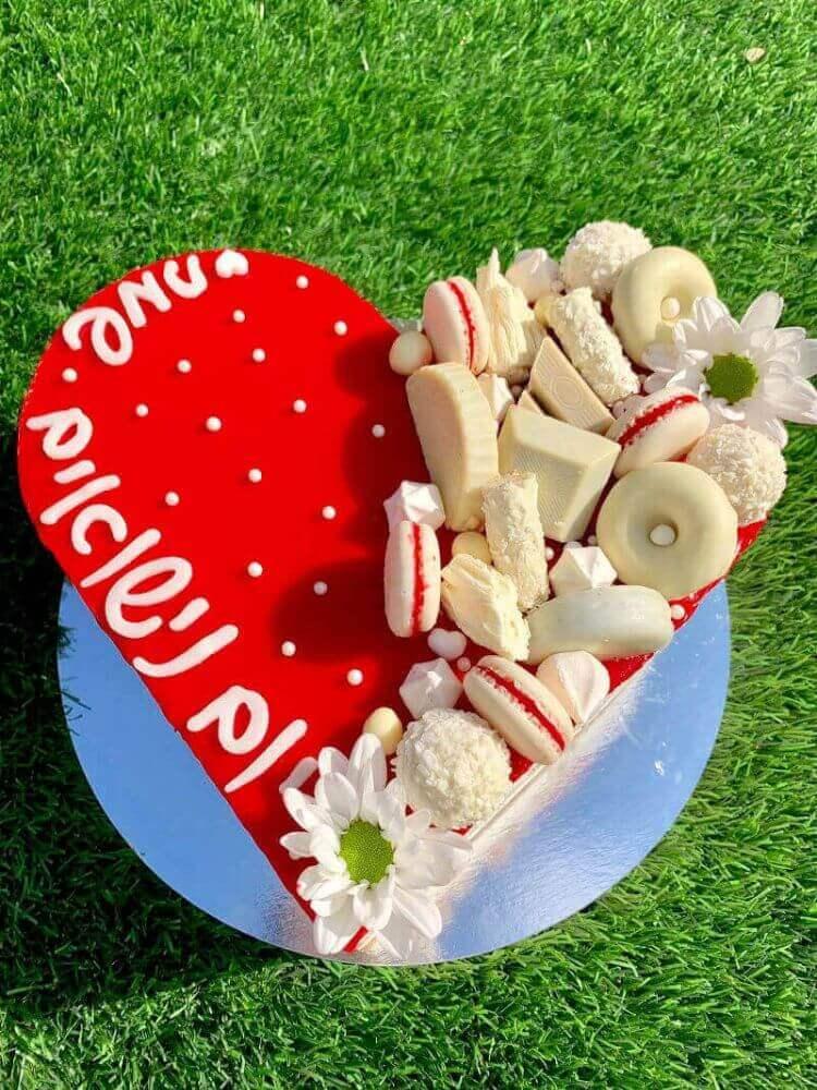 עוגה מעוצבת ליום נישואין