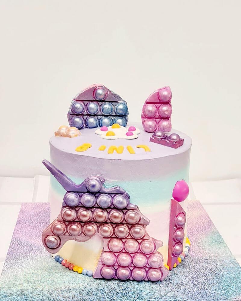 עוגה מעוצבת פופ-איט