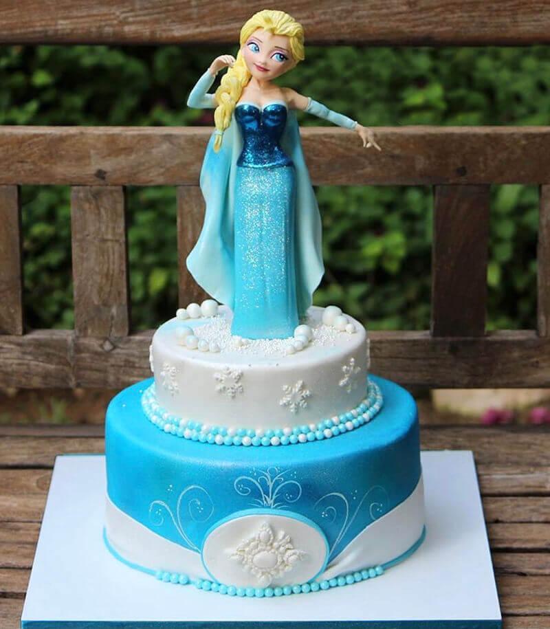 עוגה מפוסלת אלזה