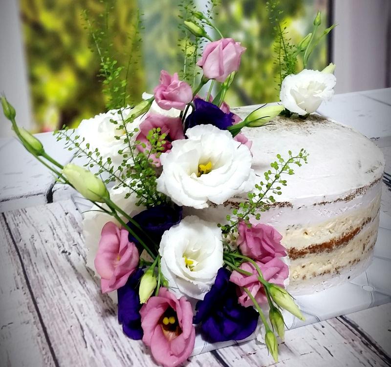 עוגה עירומה ליום הולדת מבוגרים
