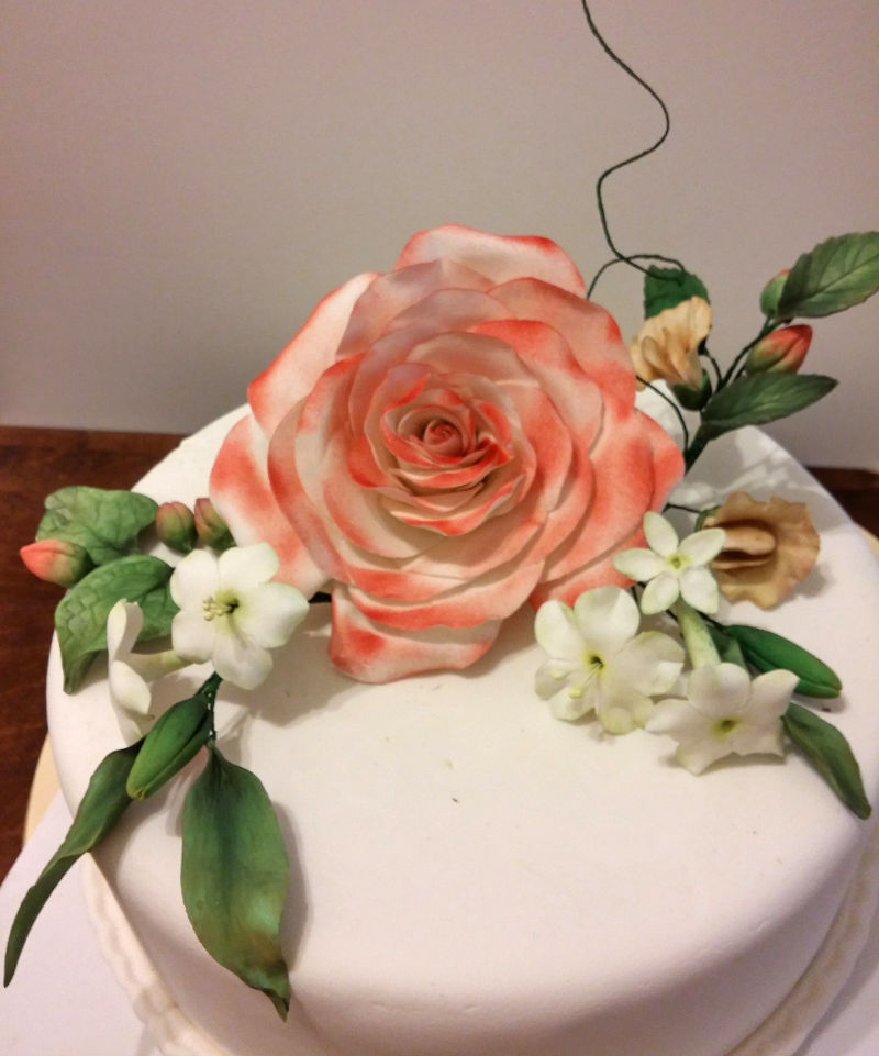 עוגה פרחים ליום נישואים