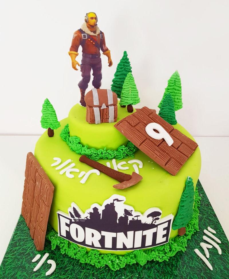 עוגה פורטנייט מבצק סוכר