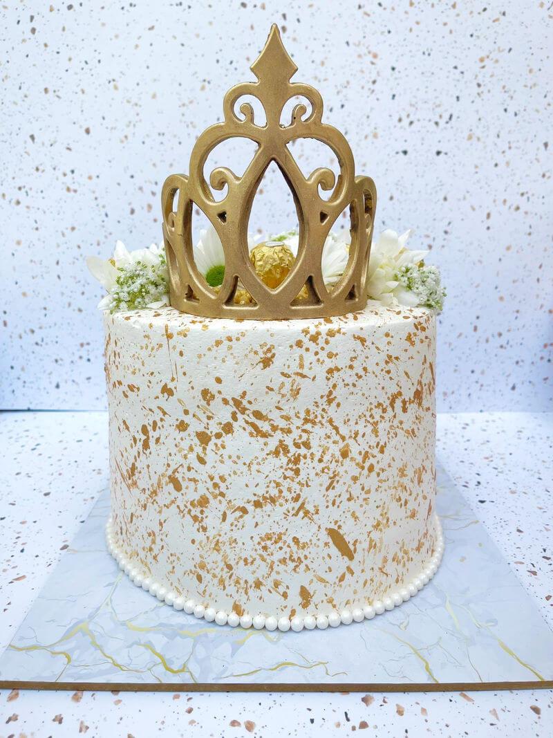 עוגה פרווה מעוצבת להזמנה הביתה