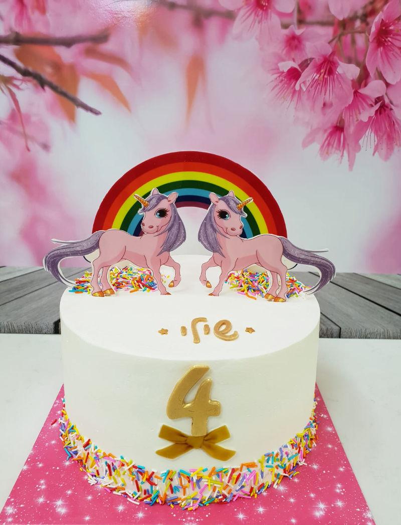 עוגה של חד קרן ליום הולדת