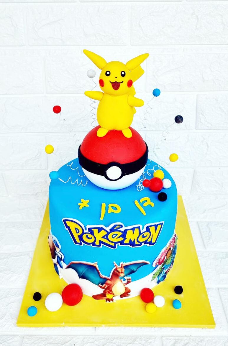 עוגה מעוצבת של פוקימון