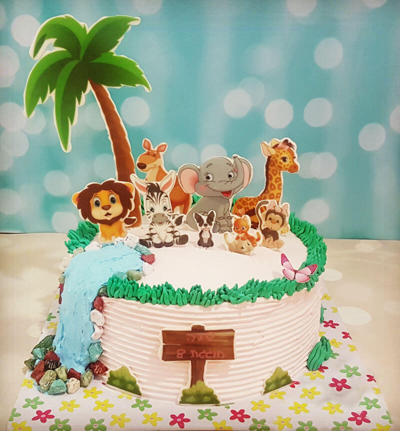 עוגת זילוף יום הולדת לקטנטנות