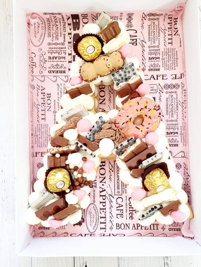 עוגת אותיות מתוקה