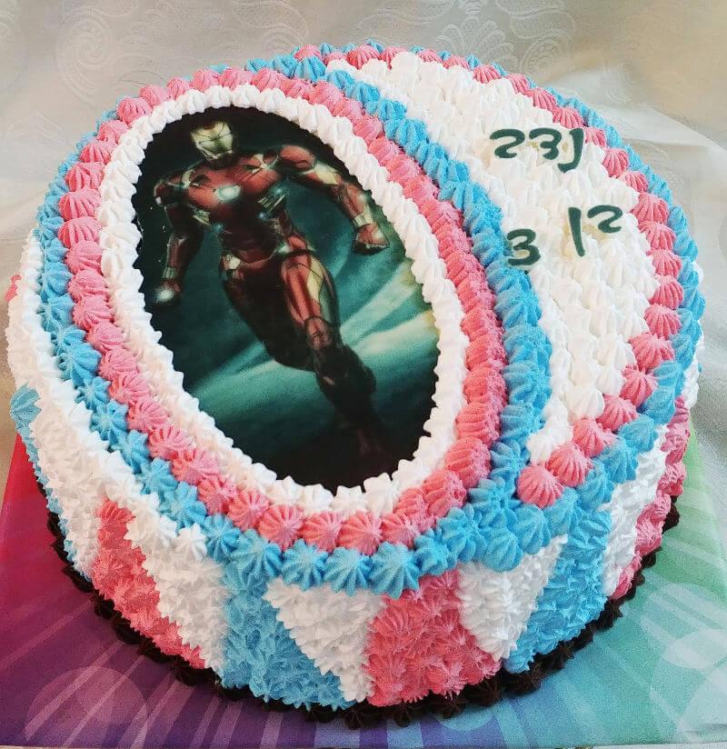 עוגת איירון מן