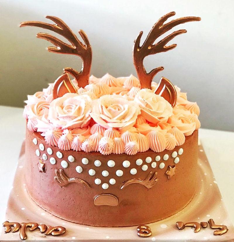 עוגה מעוצבת במבי