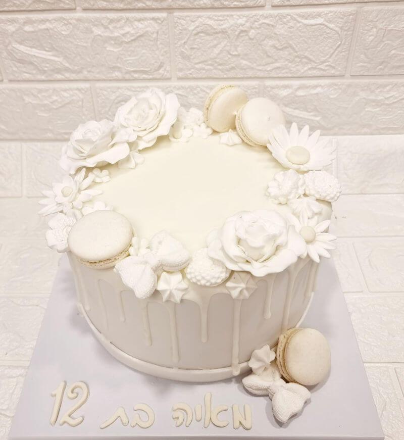 עוגת בת מצווה לבנה