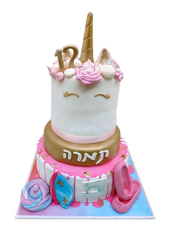 עוגת בת מצווה מיוחדת עם תחביבים גלישה ריקוד תפירה וחד קרן