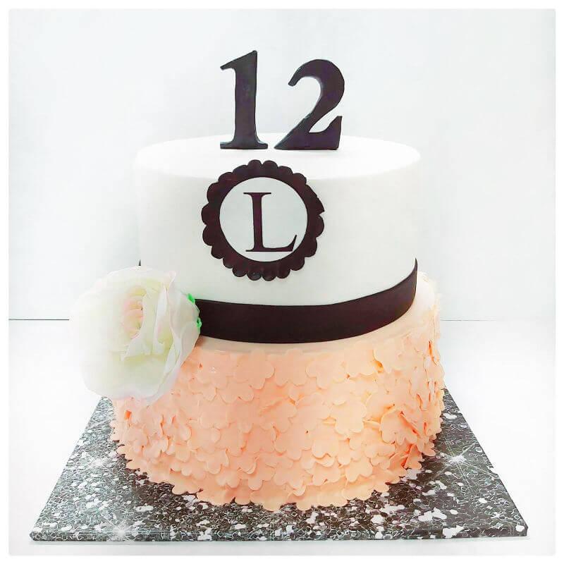 עוגת בת מצווה עם תעודת כשרות