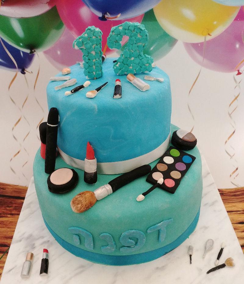 עוגת בת מצווה קוסמטיקה