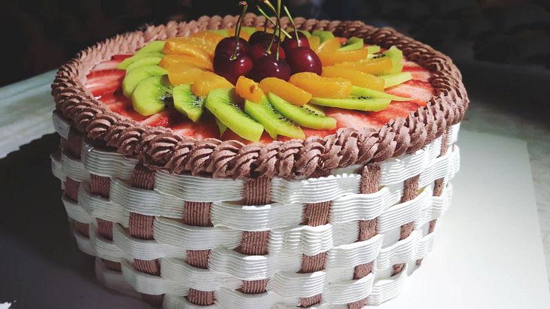 עוגת גבינה ופירות