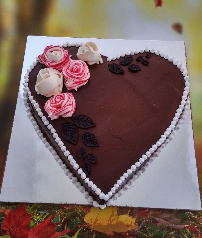 עוגת גבינת שמנת אפויה בצורת לב