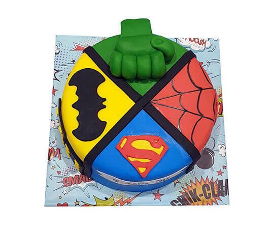 עוגת גיבורי על מבצק סוכר