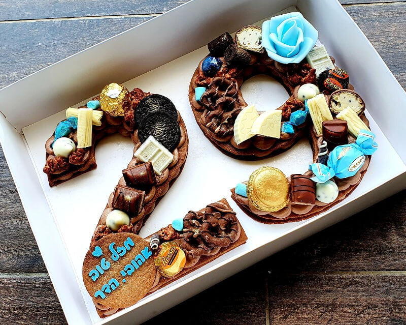 עוגת גיל 29 מעוצבת