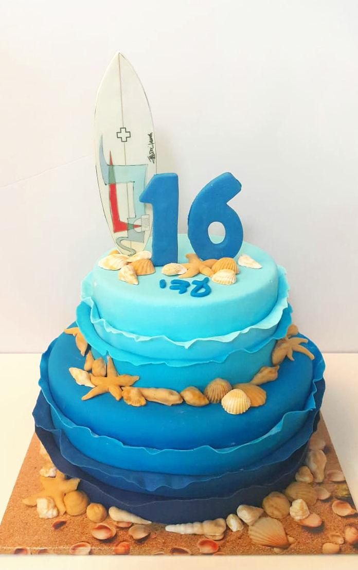 עוגה מעוצבת גלישה בים