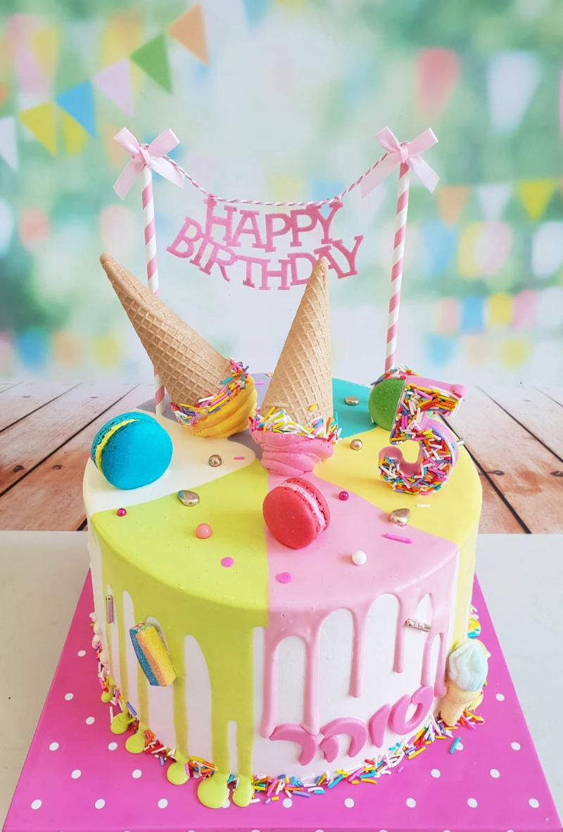עוגת דריפ קייק עם גלידה וסוכריות