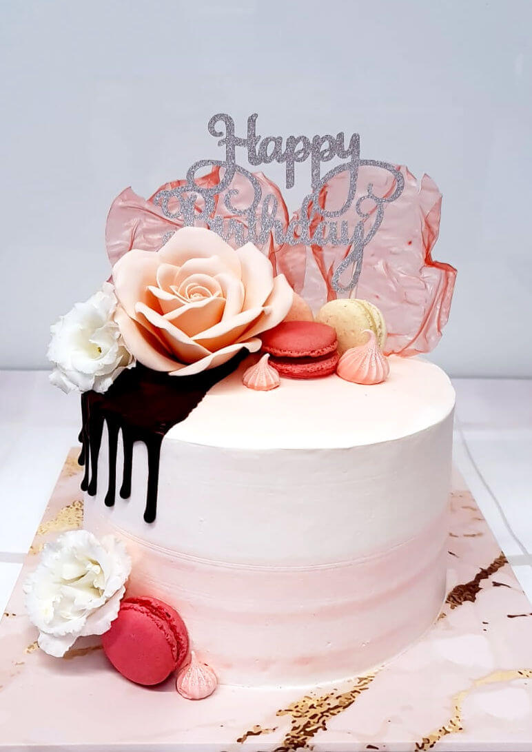 עוגת דריפ קייק מיוחדת