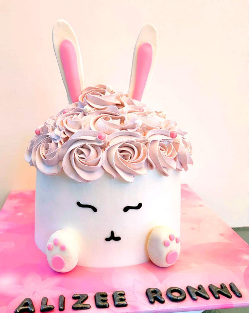 עוגת זילוף ארנב מעוצבת
