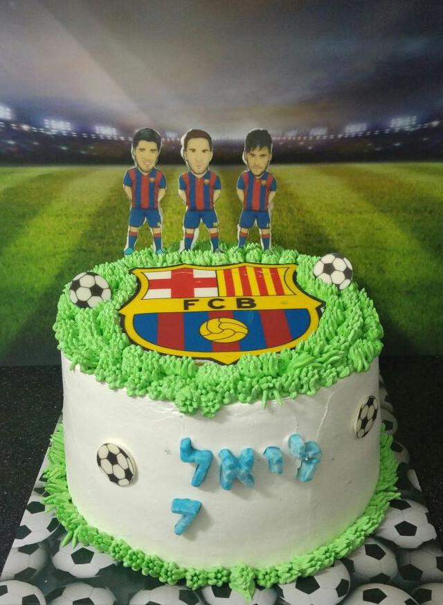 עוגת זילוף כדורגל ברצלונה