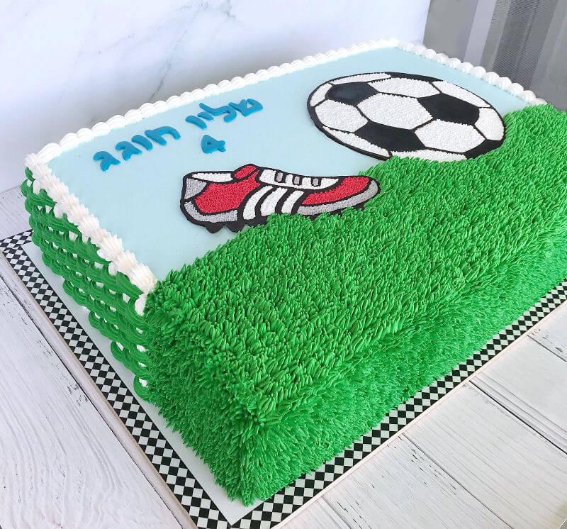 עוגת זילוף כדורגל מלבנית